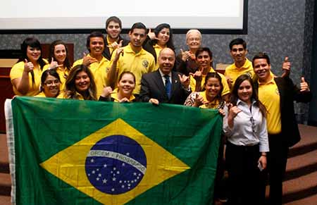 Brazilian Ambassador to the United States Mauro Vieira poses with members of UTEP's Brazilian Culture Center after his Centennial Lecture Feb. 26. Photo by / UTEP News Service