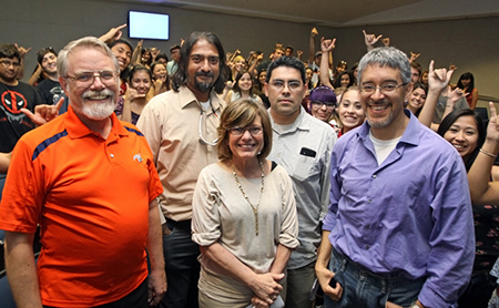 Stephen B. Aley, Ph.D., associate vice president for research and principal investigator of an undergraduate research grant, left, and members of his PERSIST team discussed the opportunity with about 60 incoming freshmen and transfer students during a June 16 New Student Orientation program. Photo by Laura Trejo / UTEP News Service
