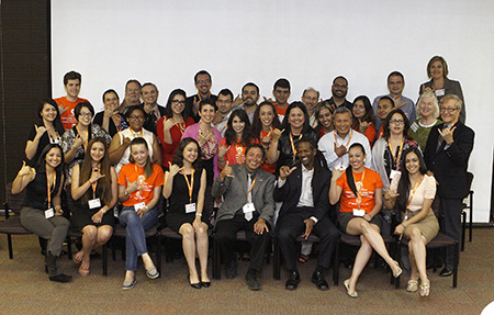 VIDA Project faculty, student trainees and personnel pose with keynote speaker Carl Hart, Ph.D., (front row, third from right) during the 2014 VIDA Conference, which took place May 29-30 at UTEP. Photo by Ivan Pierre Aguirre