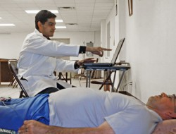 Public Health Students Offer Health Screenings to Uninsured